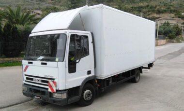 CGS RentCar rental truck Iveco